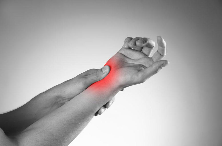 Carpal Tunnel Syndrome: Causes, Symptoms, & Treatment