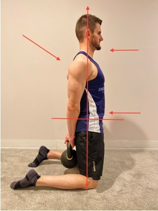 Proper alignment for the positioning in tall kneeling