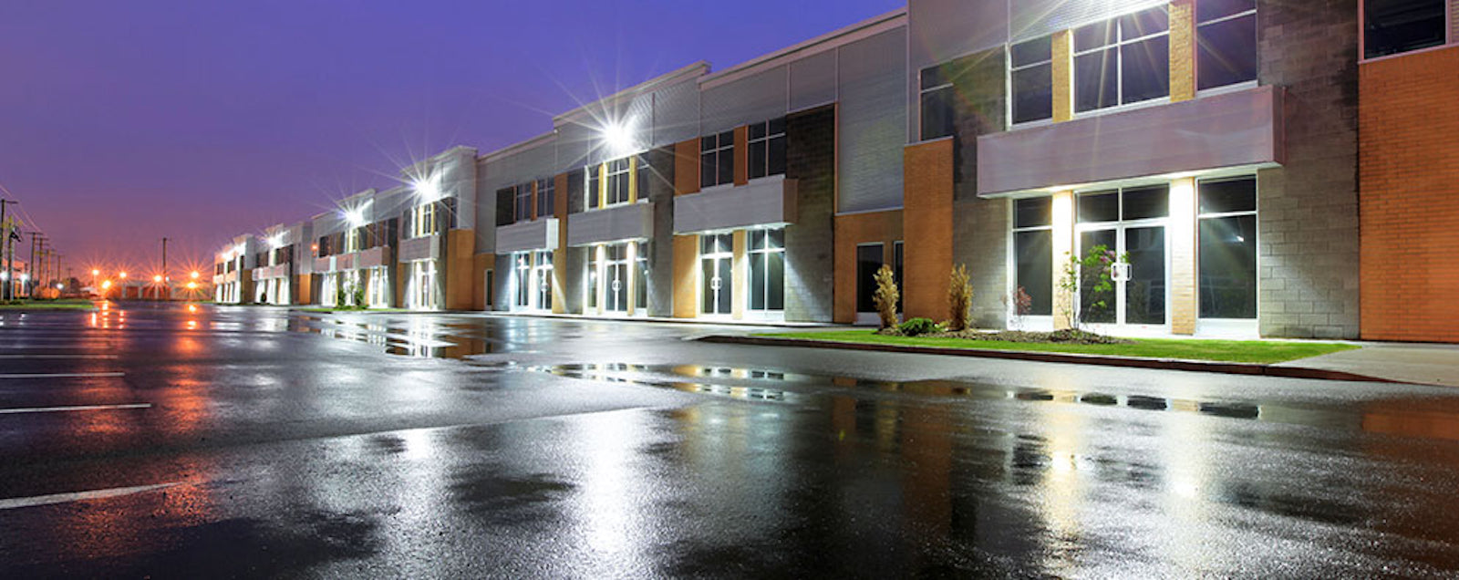 Outdoor Lighting - Commercial & Residential Outdoor Lights