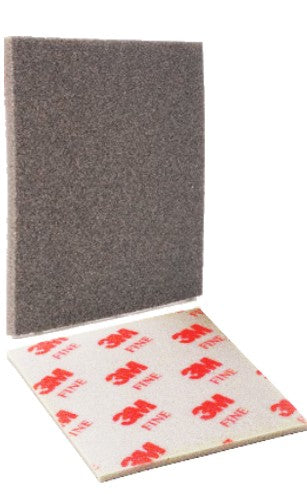 3M  02606 Medium Sanding Sponge Softback  4 1/2 in x 5 1/2 in