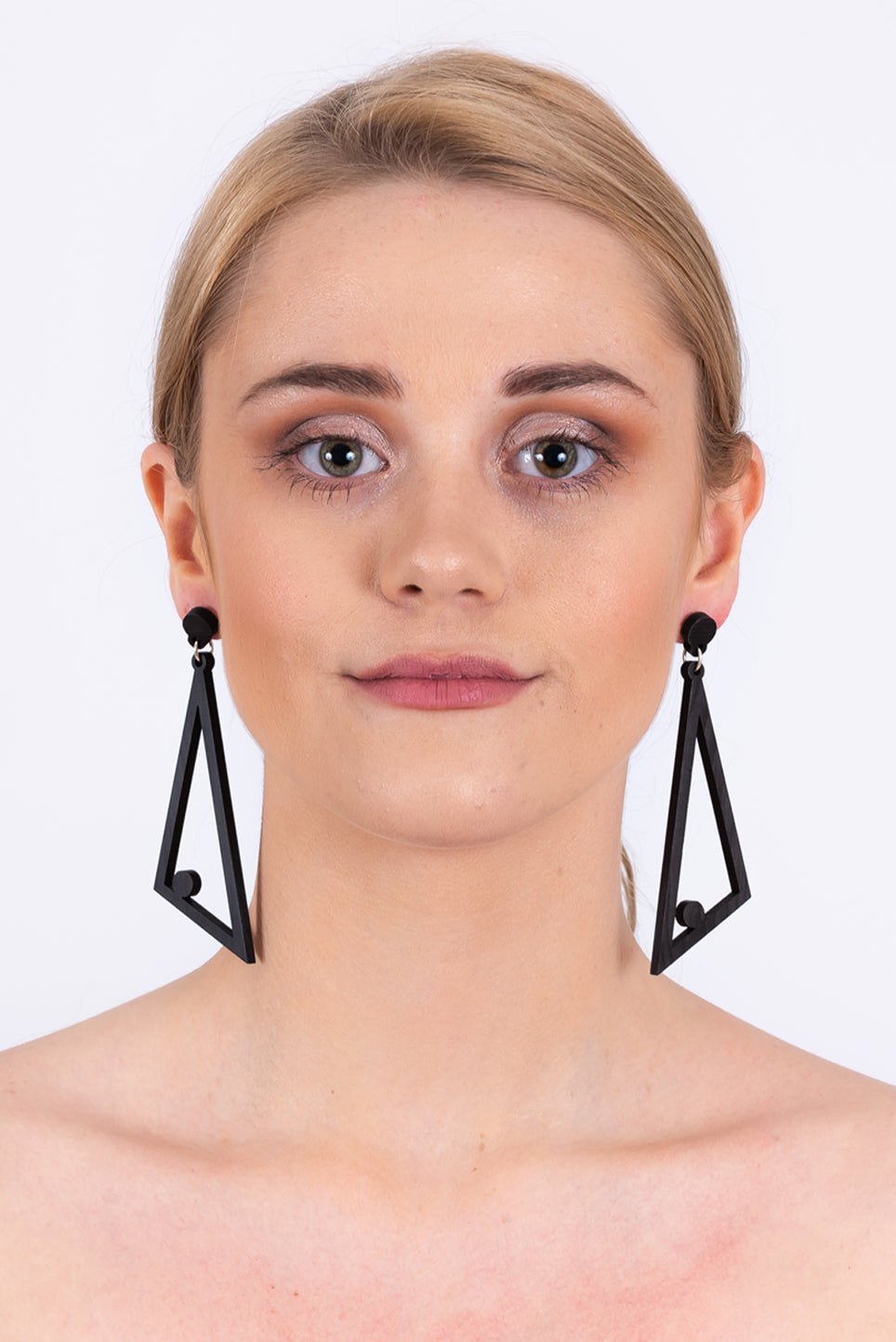 Aileen Earrings | Black