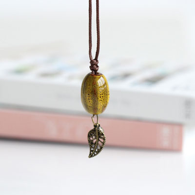 Boho Chic Ceramic Leaf Necklace