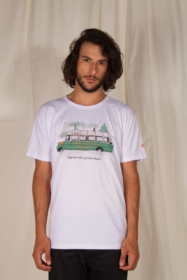 Camiseta Into the Wild