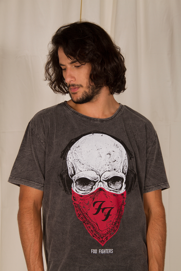 Camiseta Estonada Foo Fighters