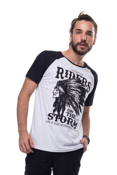 50c4b7bdd Camiseta Raglan Riders on the Storm ...
