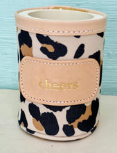 Jon Hart leopard grab and go