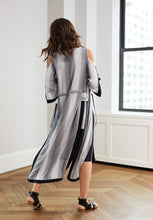 WAINSCOTT ROBE GREY STRIPE