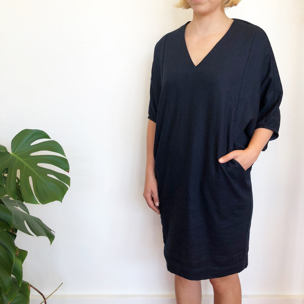 The Indigo Linen Caftan -- Ginger