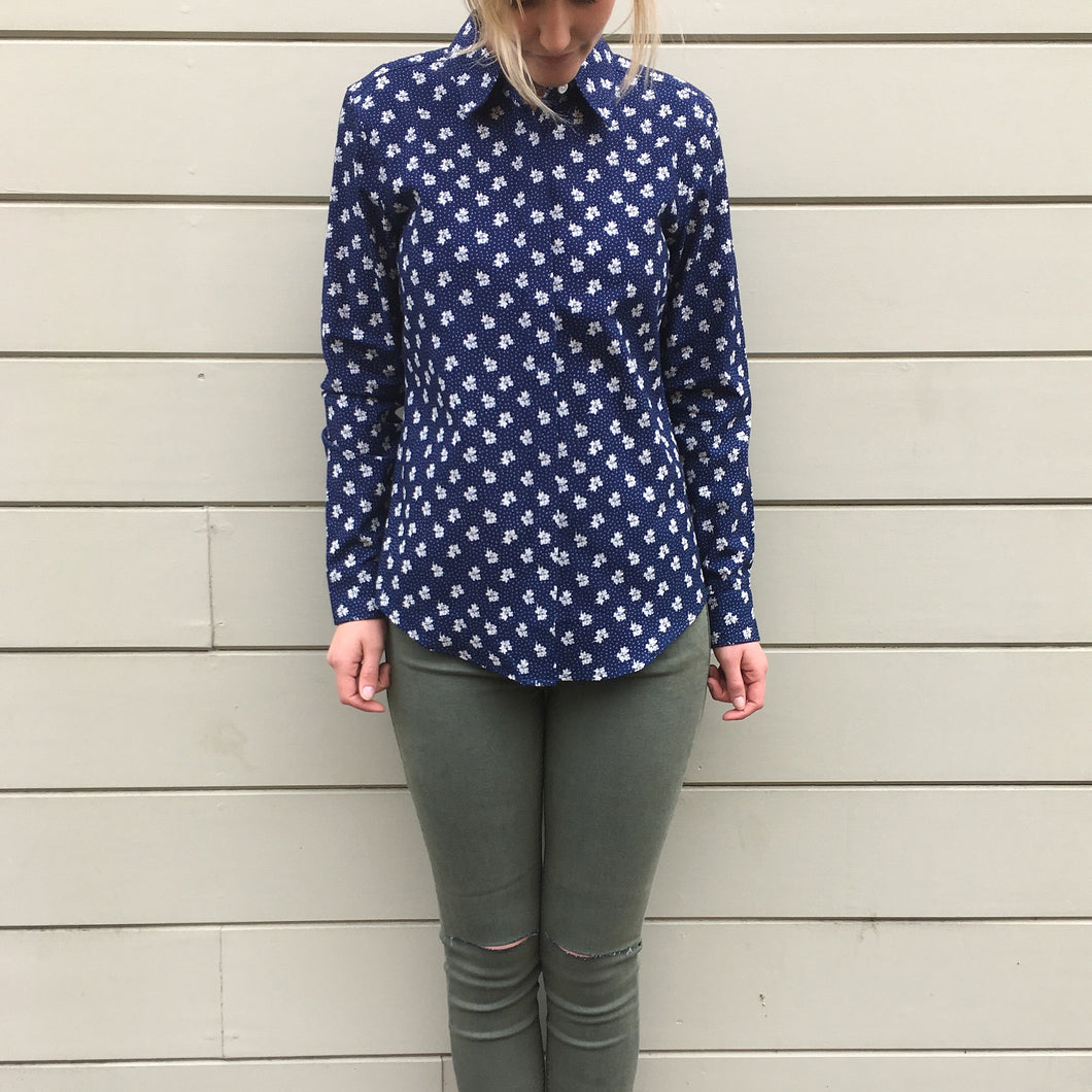 The MICHELLE Shirt in Indigo Print -- Taylor Stitch