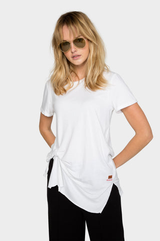 side pinched short sleeve tee