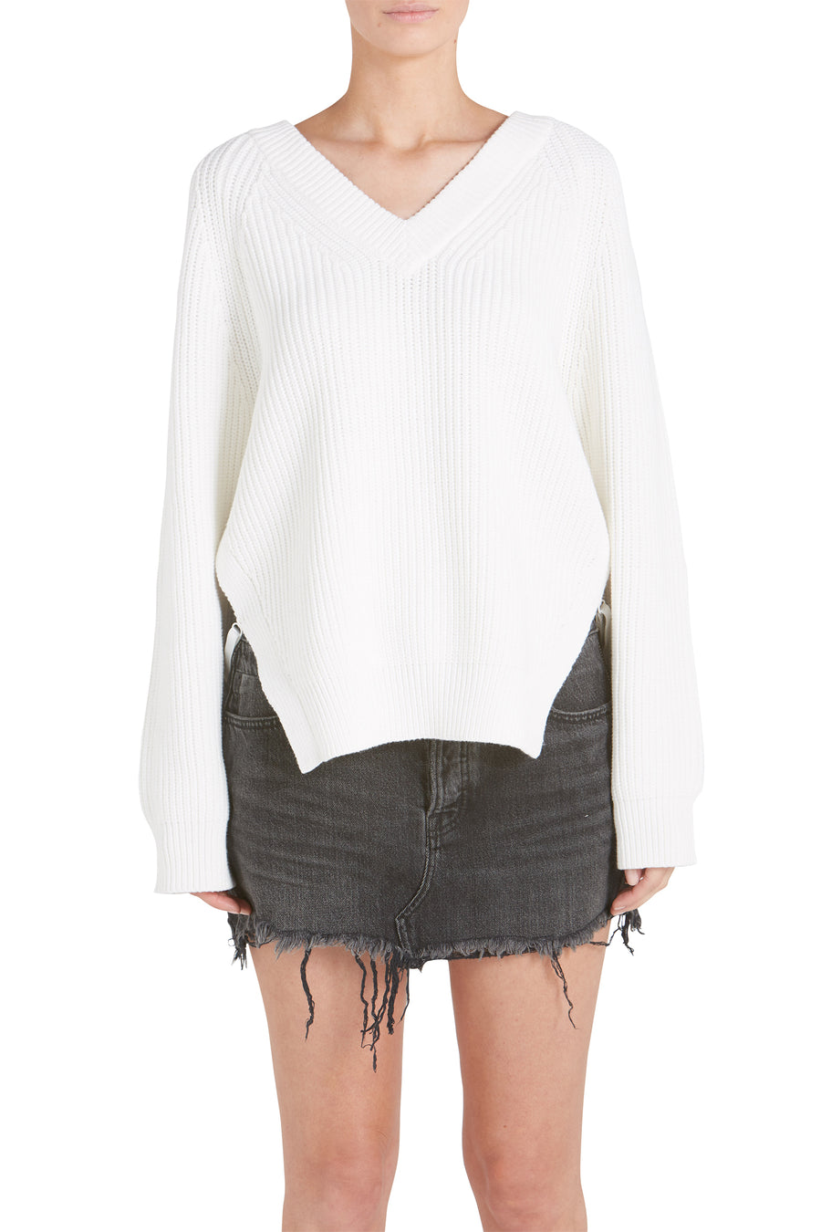 VISIBLE STRAP LONG SLEEVE DEEP VSWEATER