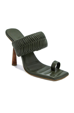GIA/RHW Toe Ring Mule With Woven Strap Moss Green | The New Trend