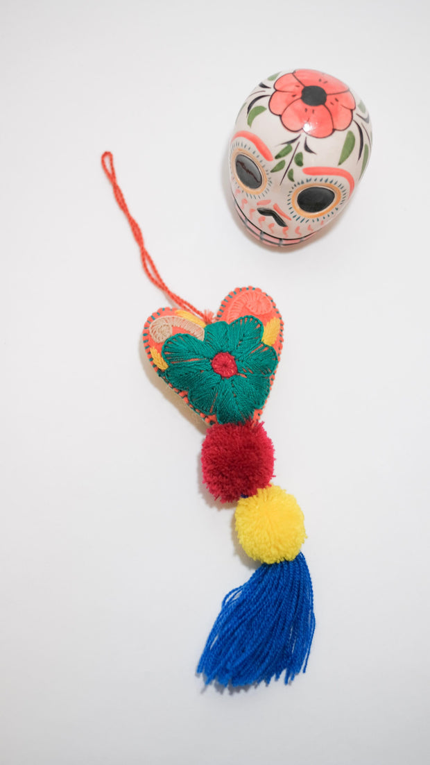 Small Corazon - Chiapaneco Handmade Wool Object