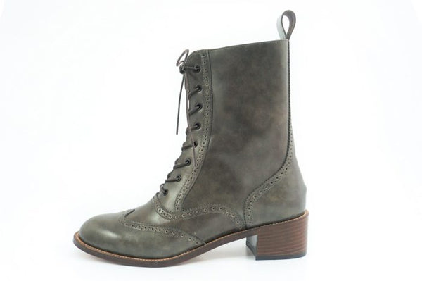 Women's Lace up Boots