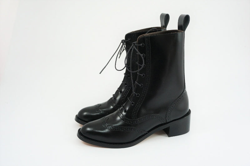 Women's Lace up Boots - KAZUNA