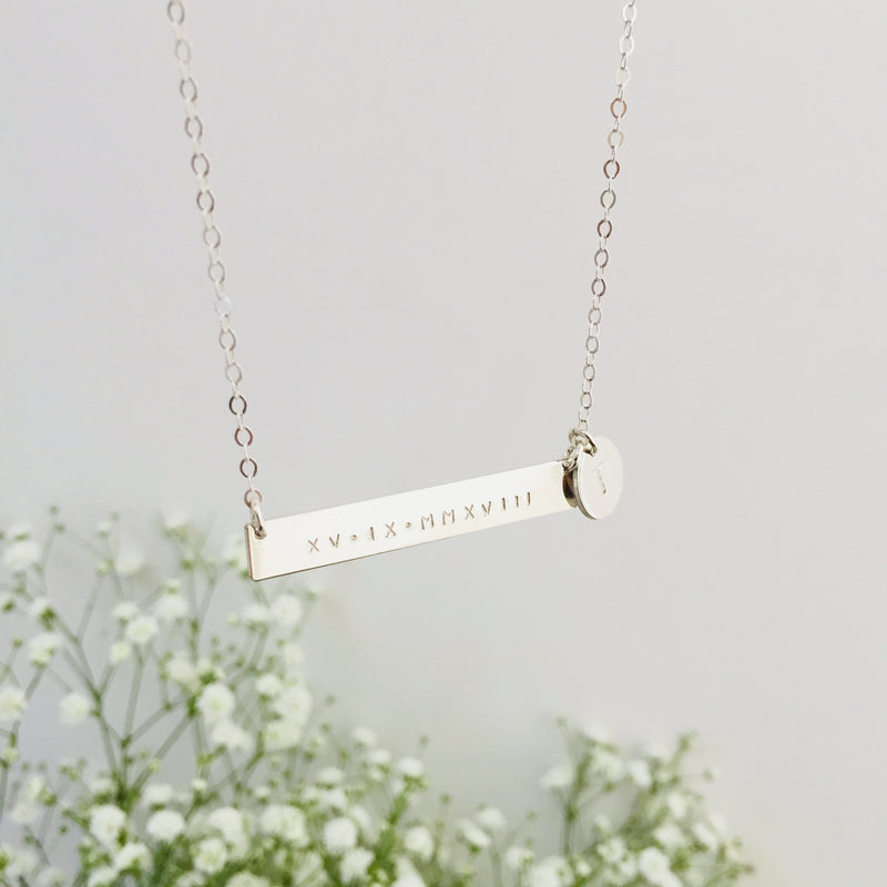Clover - Bar Necklace with Pendant