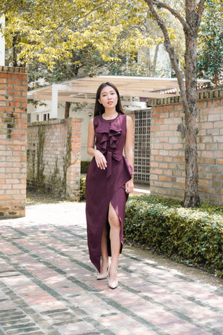 Well-Dressed Midi Dress