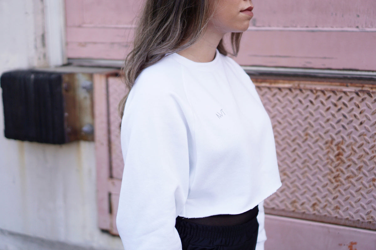 Full Out Cropped Crewneck - WHITE