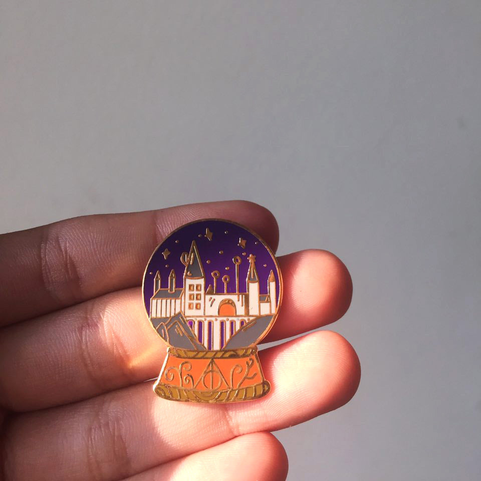 Hogwarts Snow Globe Harry Potter Enamel Pin