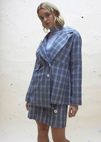 relaxed plaid jacket with two buttons