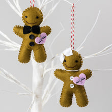 Load image into Gallery viewer, Gingerbread Bride & Groom Decorations