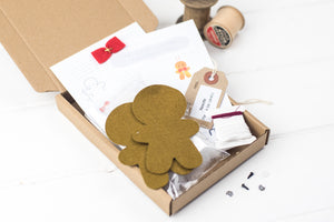 All the materials to make your gingerbread decorations