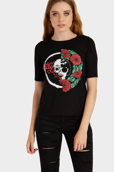 S17W-1000000402-BCK-6-skull-and-roses-basic-tee-black-jl0161
