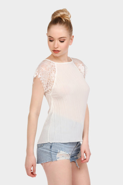 S17W-1000004104-CAM-S/M-lace-sleeve-pleated-top-cream-jl1860