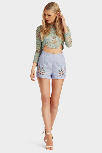 S17W-1800003769-BTE-6-striped-embroidered-shorts-mid-blue-jl1635