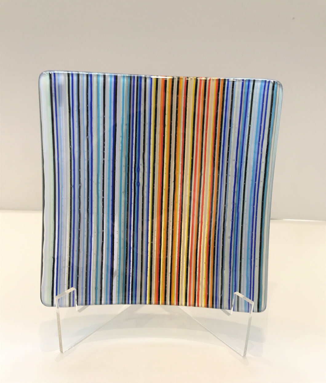 Linear Dish (blue / orange)