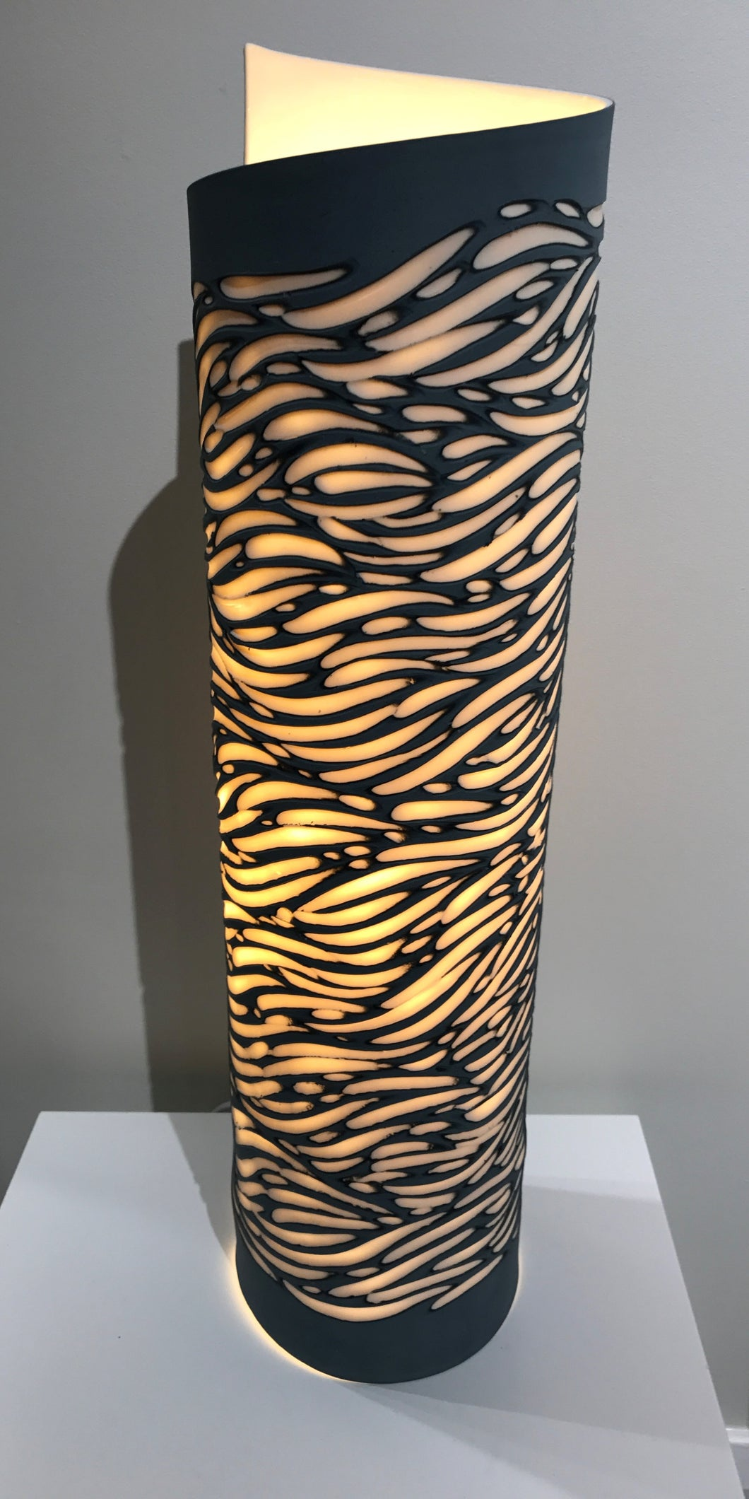 Large Wave Lamp
