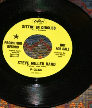 Steve Miller Band - Sittin' In Circles