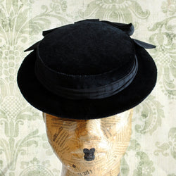 Gothic Lolita Boater Mini Hat with Bow-By Bizarre Noir