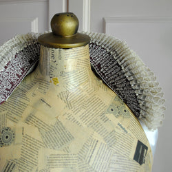 Historical Tudor Standing Elizabethan Collar with Lace-By Bizarre Noir