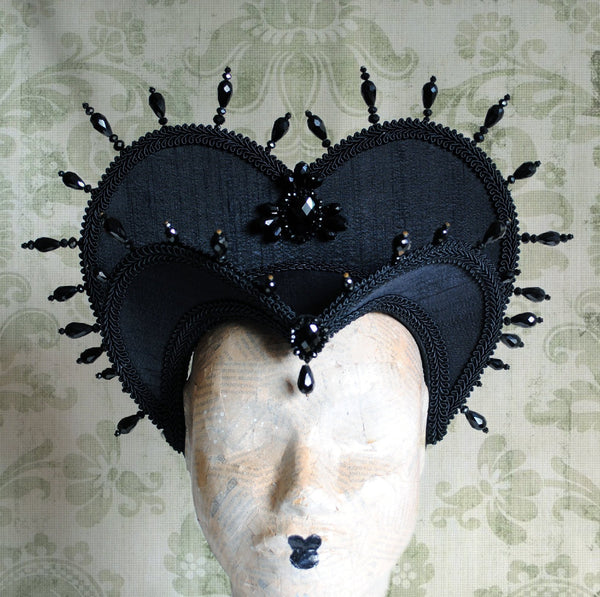 The Queen of Darkness,Vampire Fantasy Gothic Attifet Headdress-By Bizarre Noir