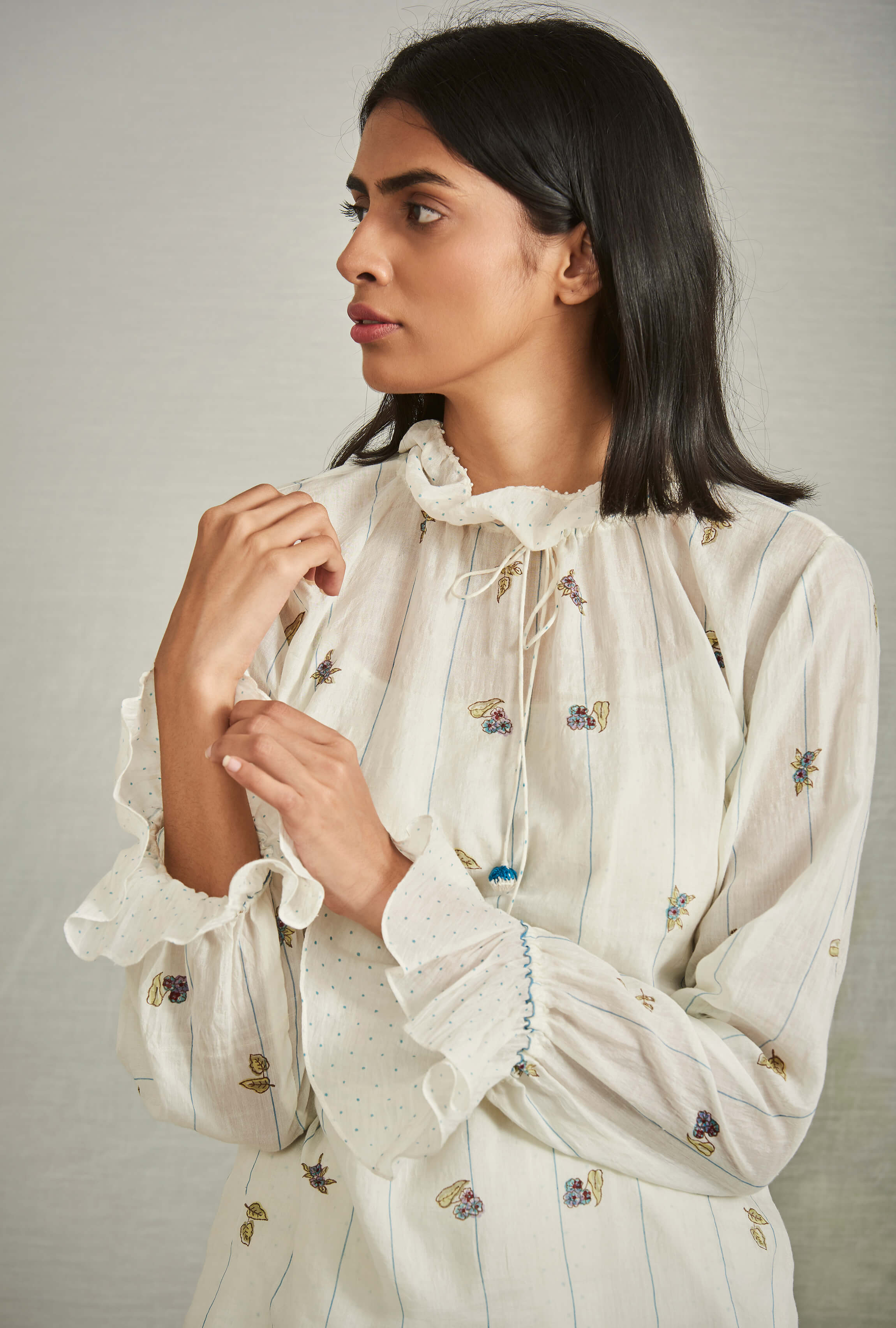 Bellflower Blouse - BunaStudio