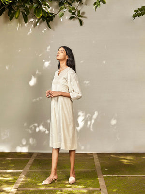 Dewdrops on Petals Dress - BunaStudio