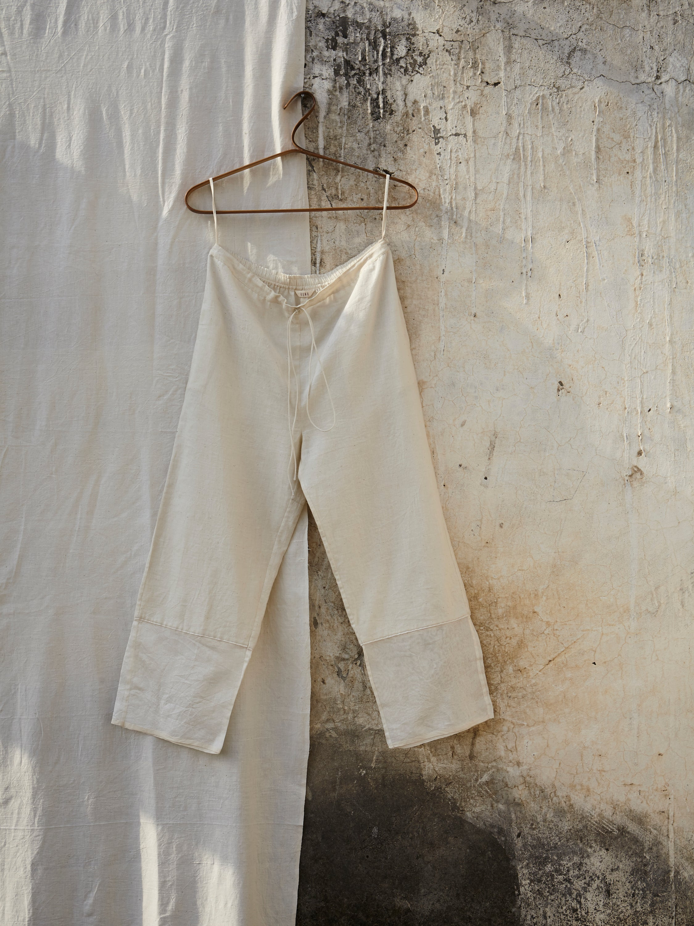 Float Crop Pants - BunaStudio