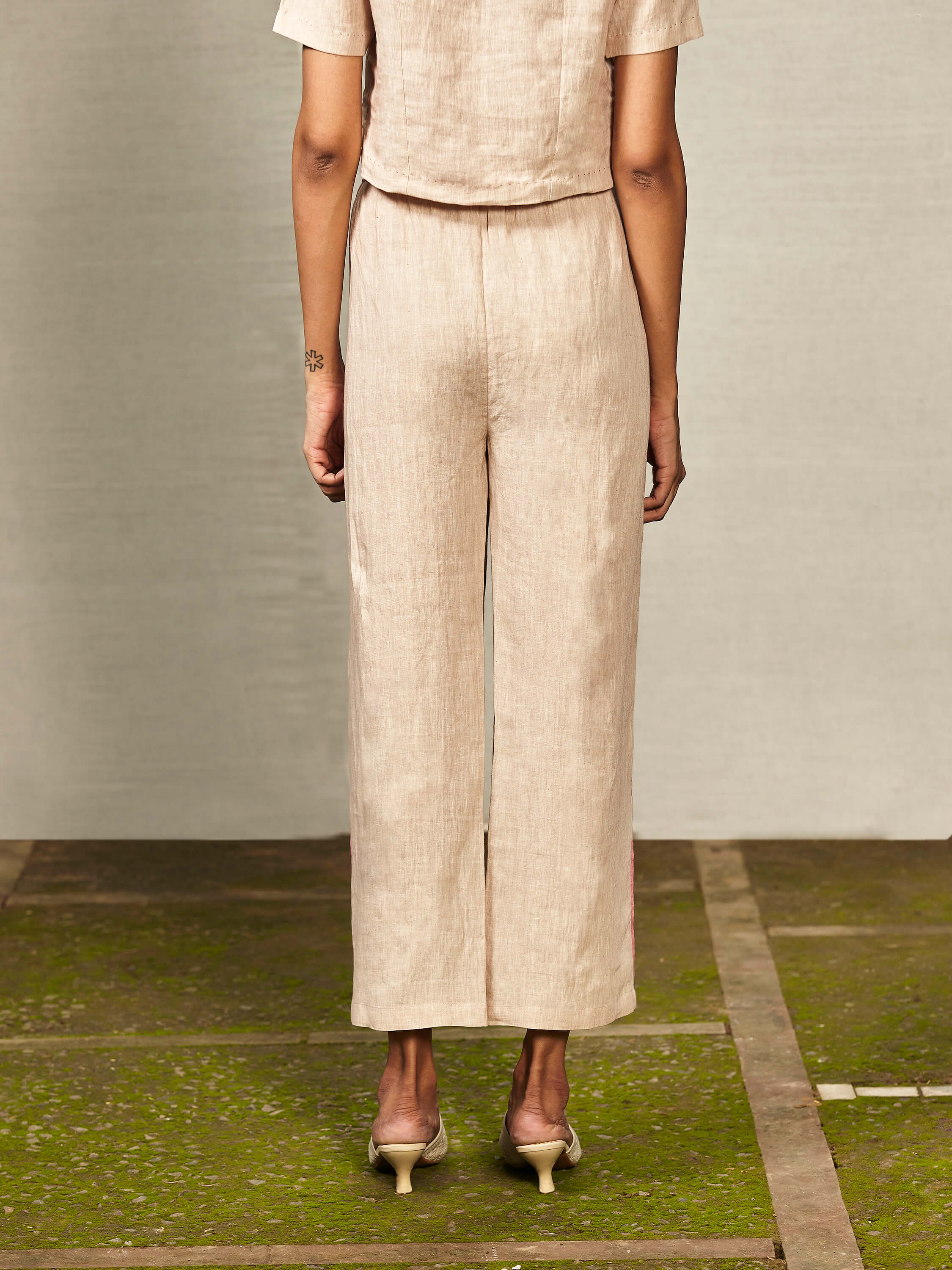 Toast Crop Pants - BunaStudio