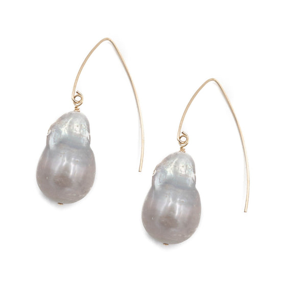 Laurel Earring, Large Gray Pearl