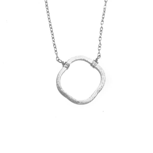 Clover Necklace, Silver