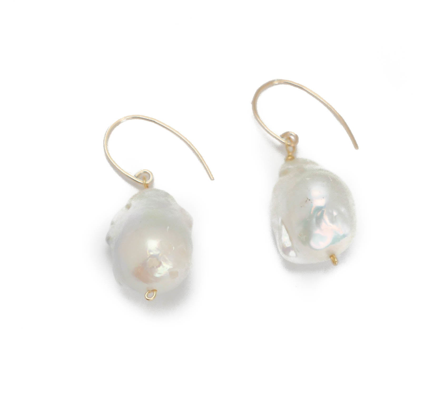 Jane Earring, White Baroque
