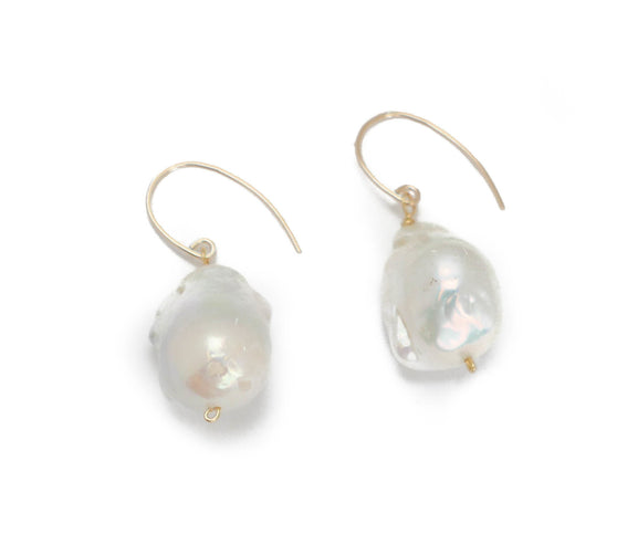 Jane Earring, White Baroque Gold