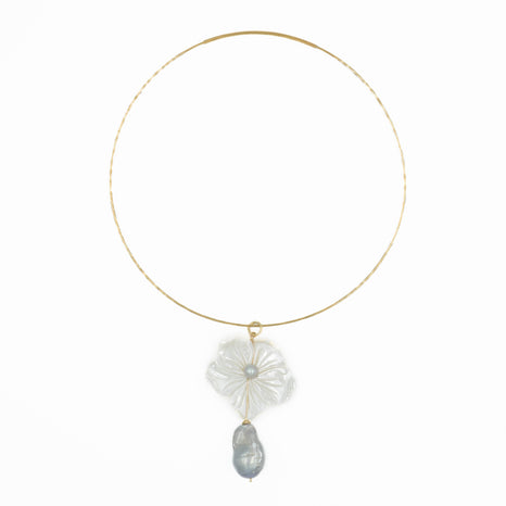 Shelly Necklace, Gray Baroque