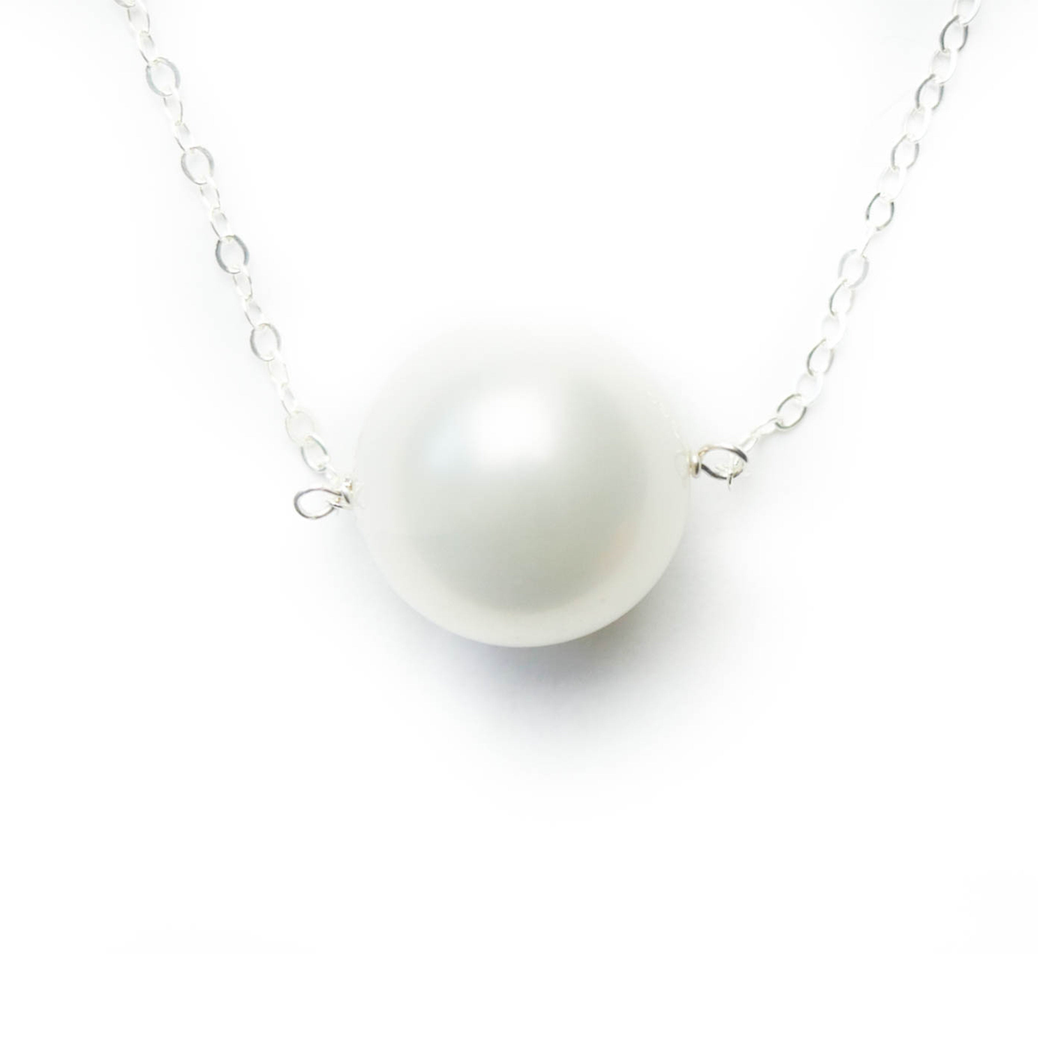 Augusta Necklace, White Pearl, Silver