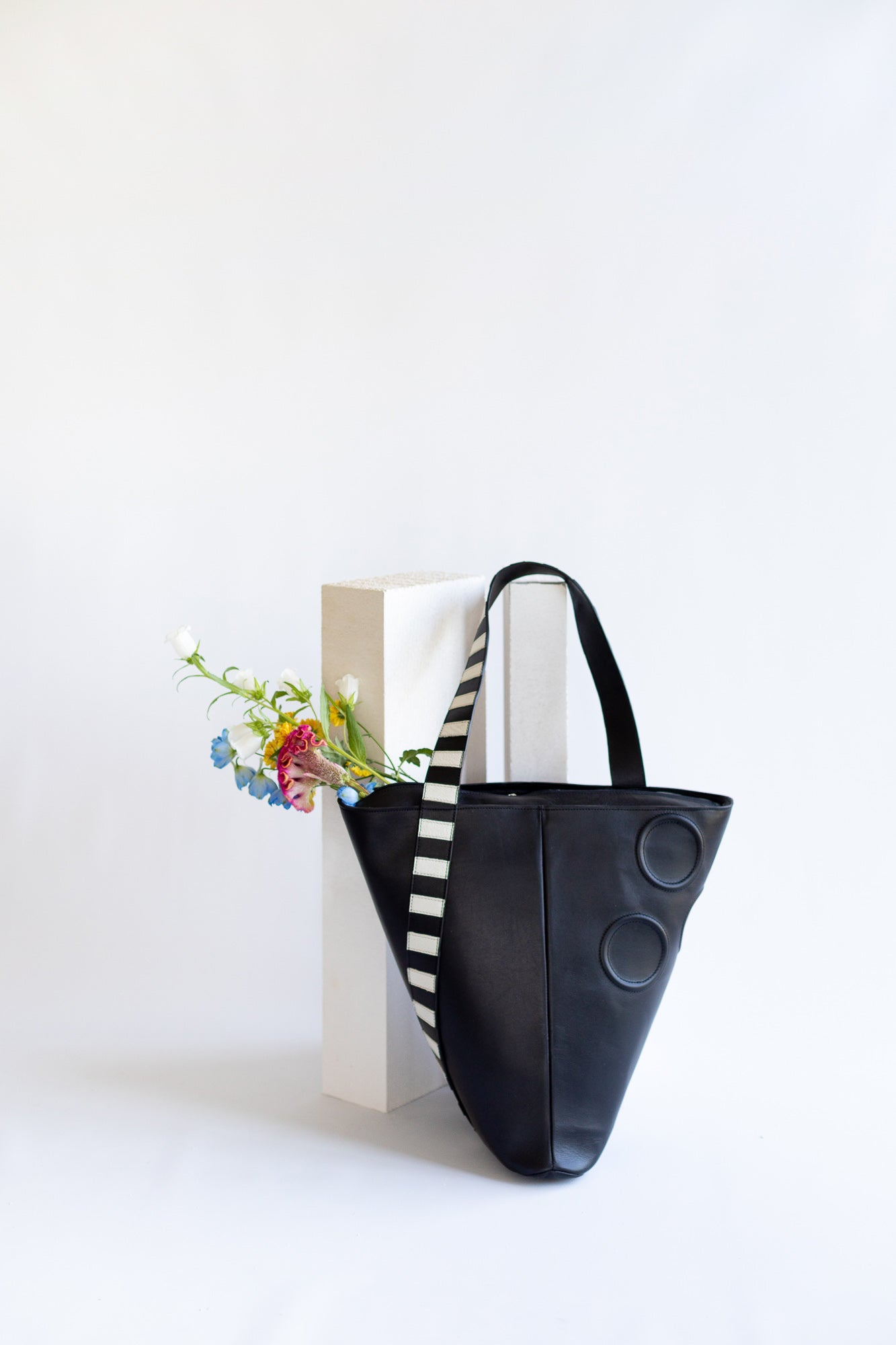 Triangular Shopper