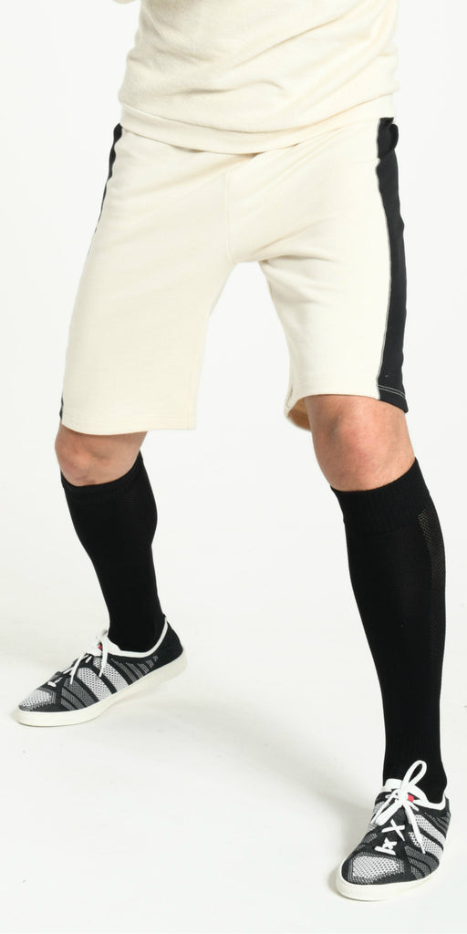 SHORT OFFWHITE WITH BLACK STRIP