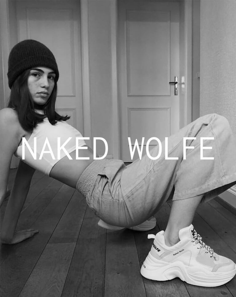 Collezione naked-wolfe