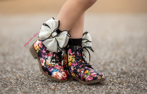 [Black Matte Floral] Pipperdoodles Boot
