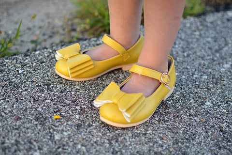 SOLD OUT Pipperdoodles Original Yellow Bow Shoes